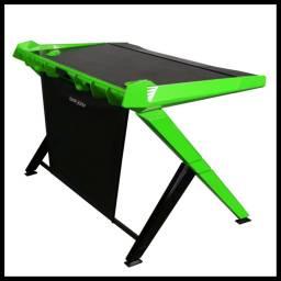 Escritorio Gamer DxRacer GD/1000/NE Color Verde